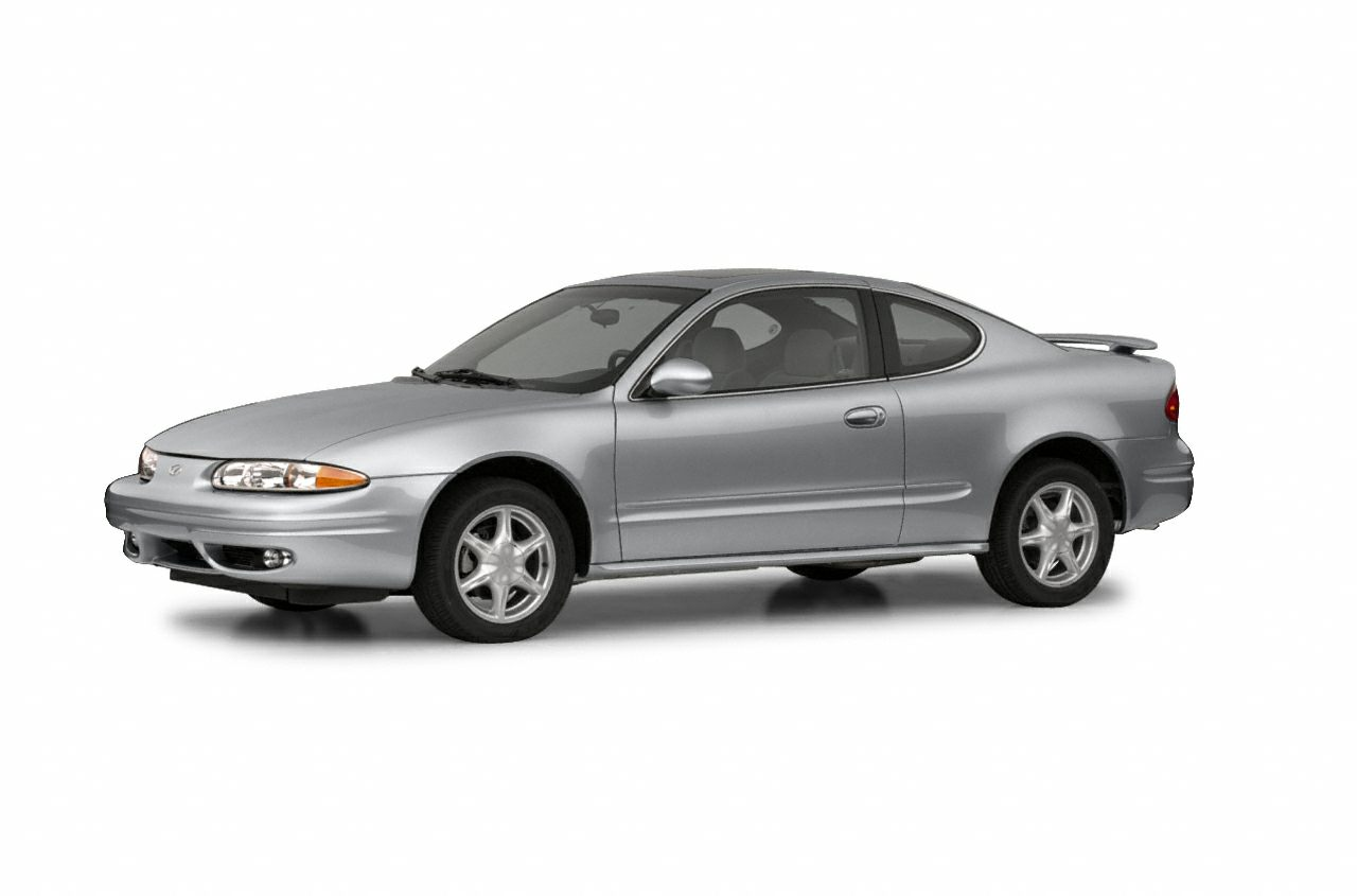 2002 Oldsmobile Alero GL Sedan for sale in Wautoma for $2,495 with 159,711 miles.