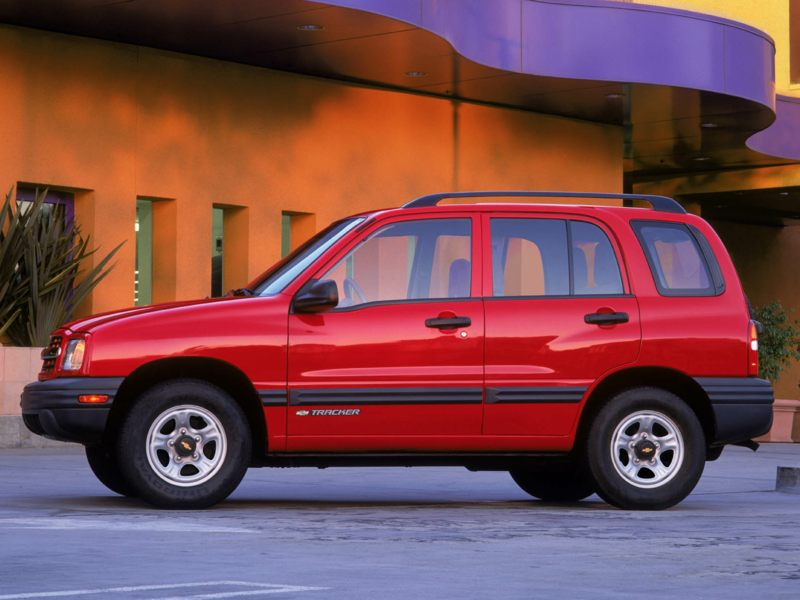 2003 chevrolet tracker reviews specs and prices. Black Bedroom Furniture Sets. Home Design Ideas