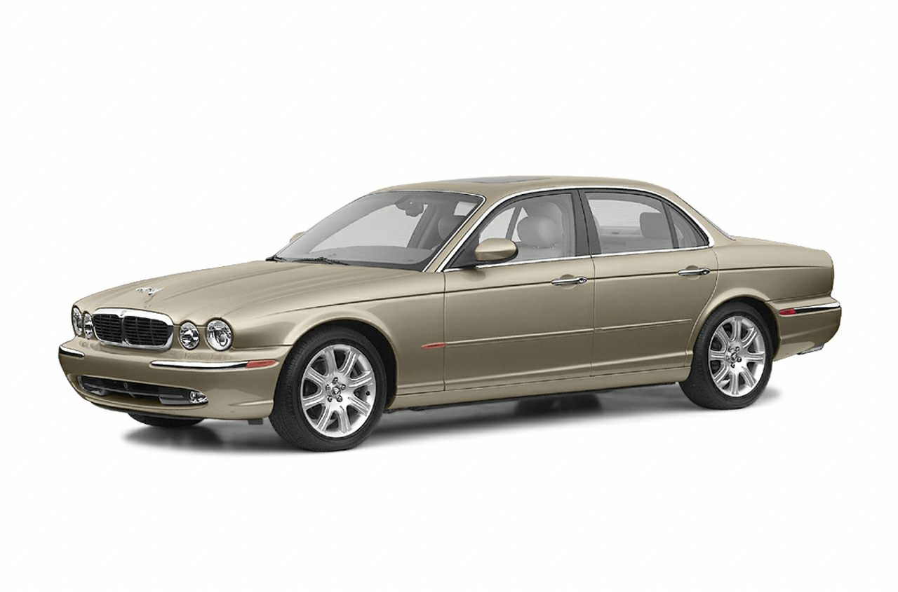 2004 Jaguar XJ8 Sedan for sale in Daphne for $7,999 with 100,468 miles.