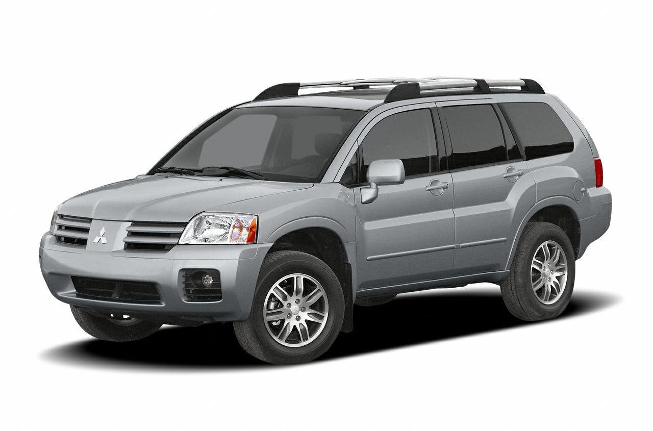 2004 Mitsubishi Endeavor XLS SUV for sale in Louisville for $5,933 with 206,120 miles.