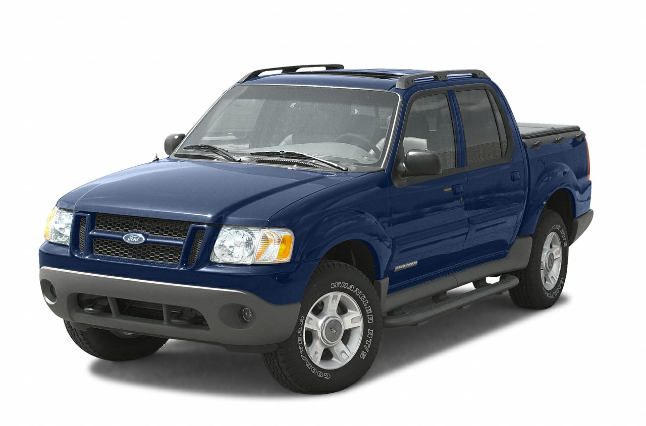 2005 Ford Explorer Sport Trac XLT Crew Cab Pickup for sale in Danielson for $12,800 with 87,875 miles.