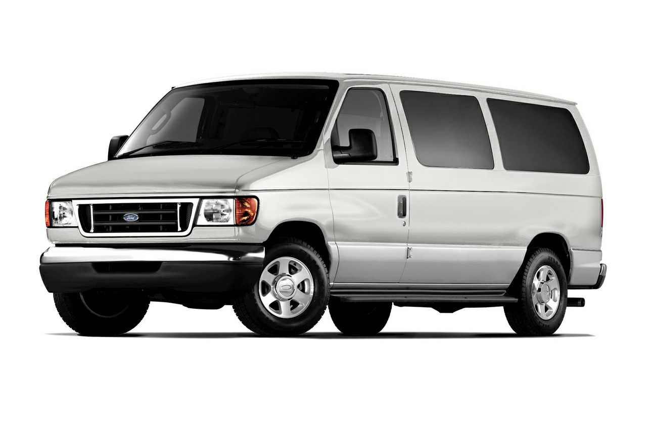 2006 Ford E350 Super Duty XLT Wagon Passenger Van for sale in Akron for $9,495 with 126,710 miles