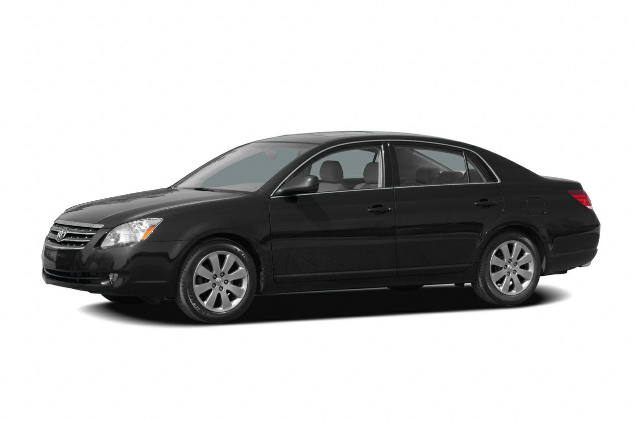 2007 Toyota Avalon XLS Sedan for sale in Fort Myers for $11,800 with 103,940 miles.