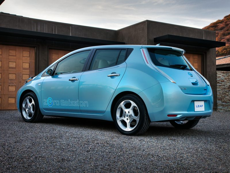 2017 nissan leaf reviews specs and prices. Black Bedroom Furniture Sets. Home Design Ideas
