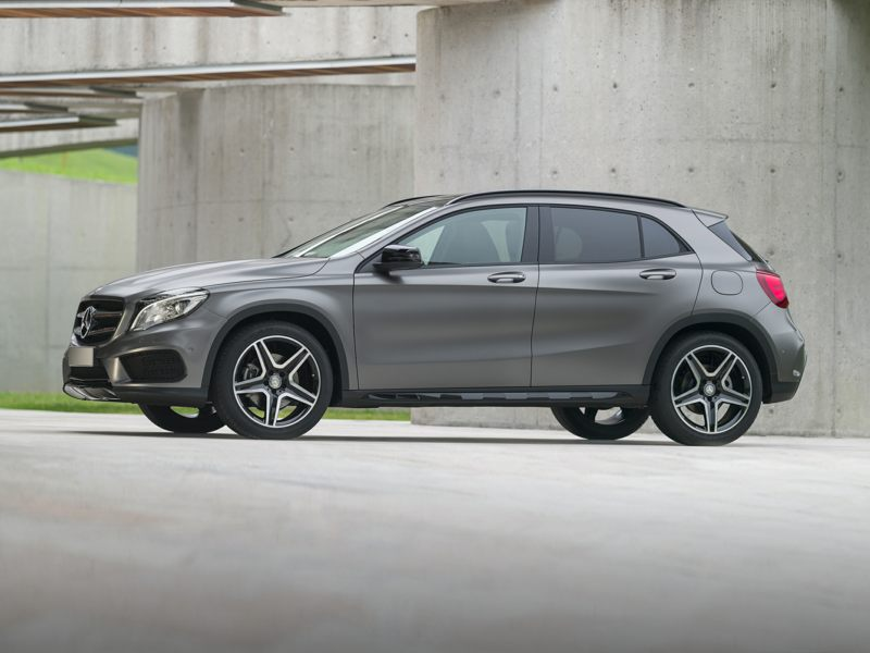 2017 mercedes benz gla250 reviews specs and prices. Black Bedroom Furniture Sets. Home Design Ideas