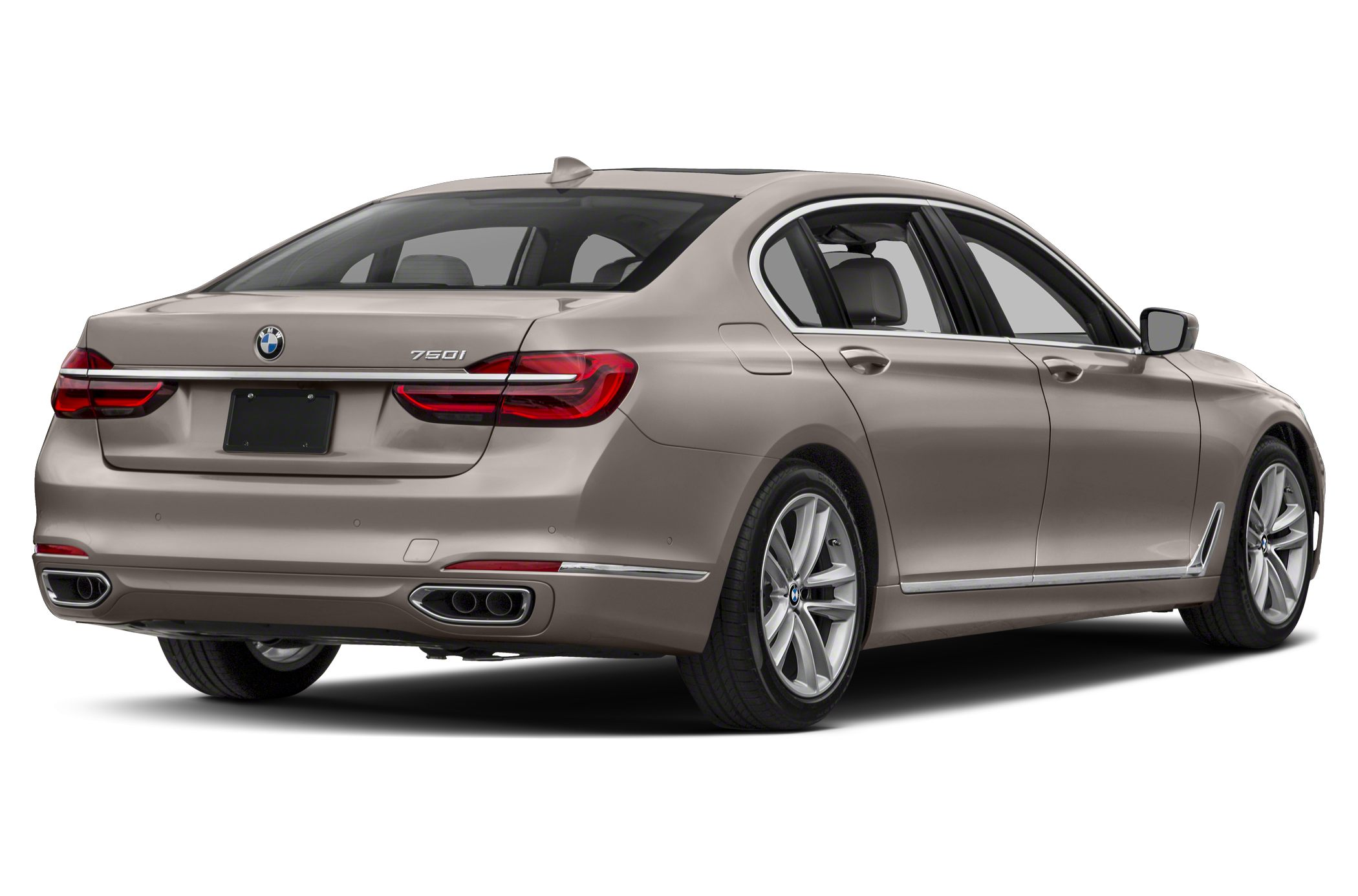 Car Seat Recall >> BMW 750 Sedan Models, Price, Specs, Reviews | Cars.com