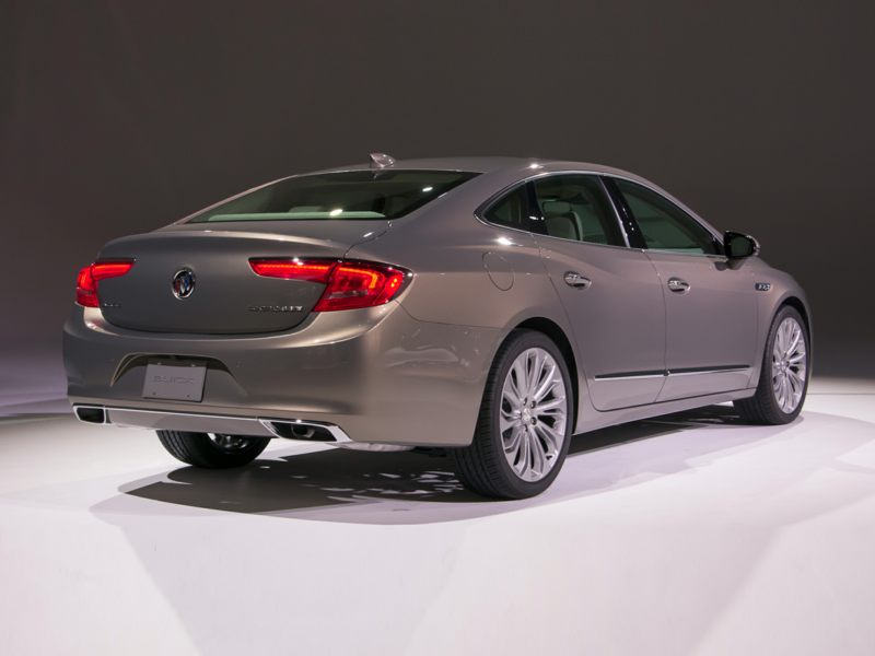 2018 buick lacrosse reviews specs and prices. Black Bedroom Furniture Sets. Home Design Ideas